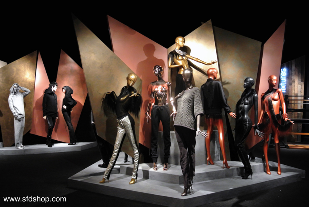Mondo Mannequins showroom fabricated by SFDS 3.jpg