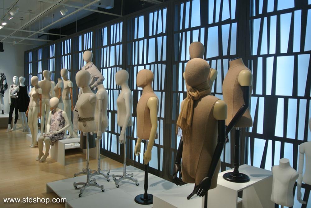 Mondo Mannequins showroom fabricated by SFDS 15.jpg