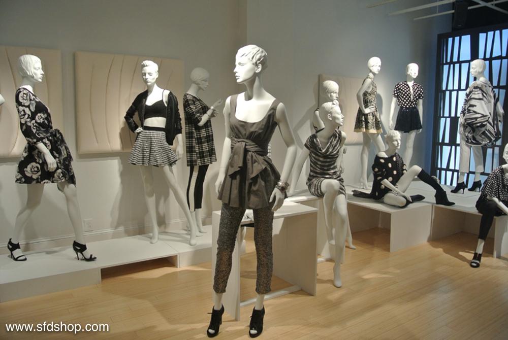 Mondo Mannequins showroom fabricated by SFDS 17.jpg