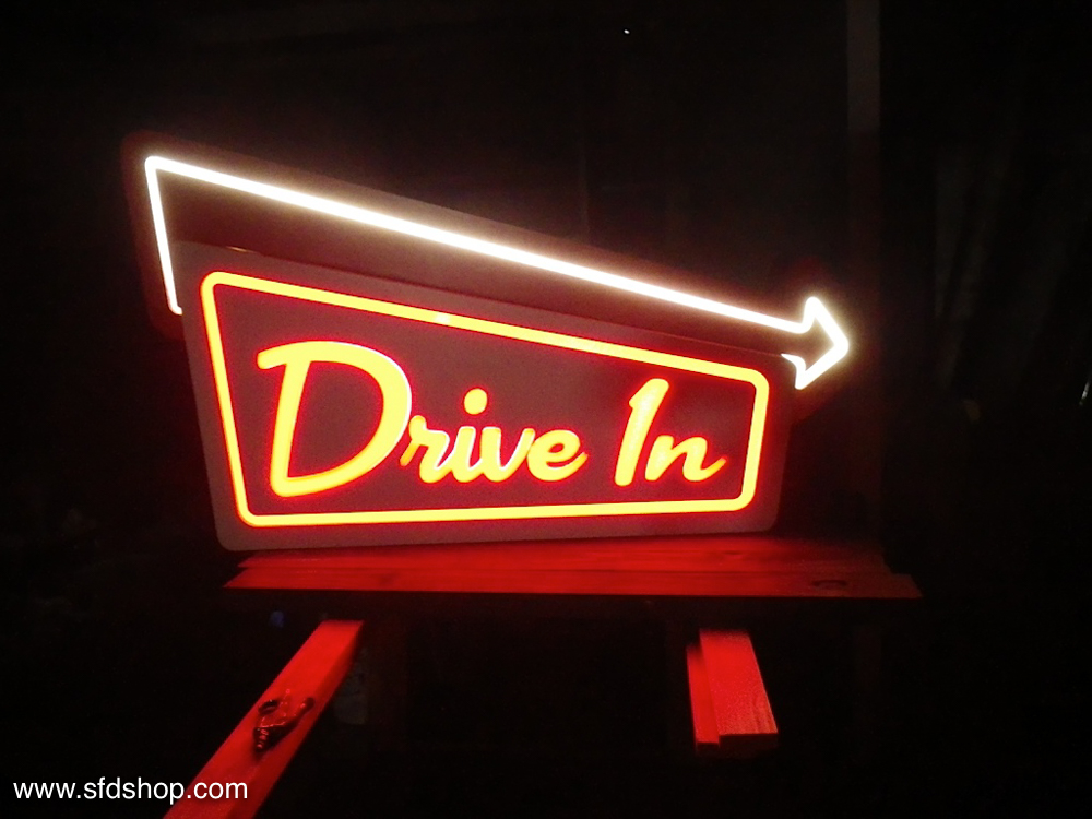 Jellio Drive-in sign fabricated by SFDS 4.jpg