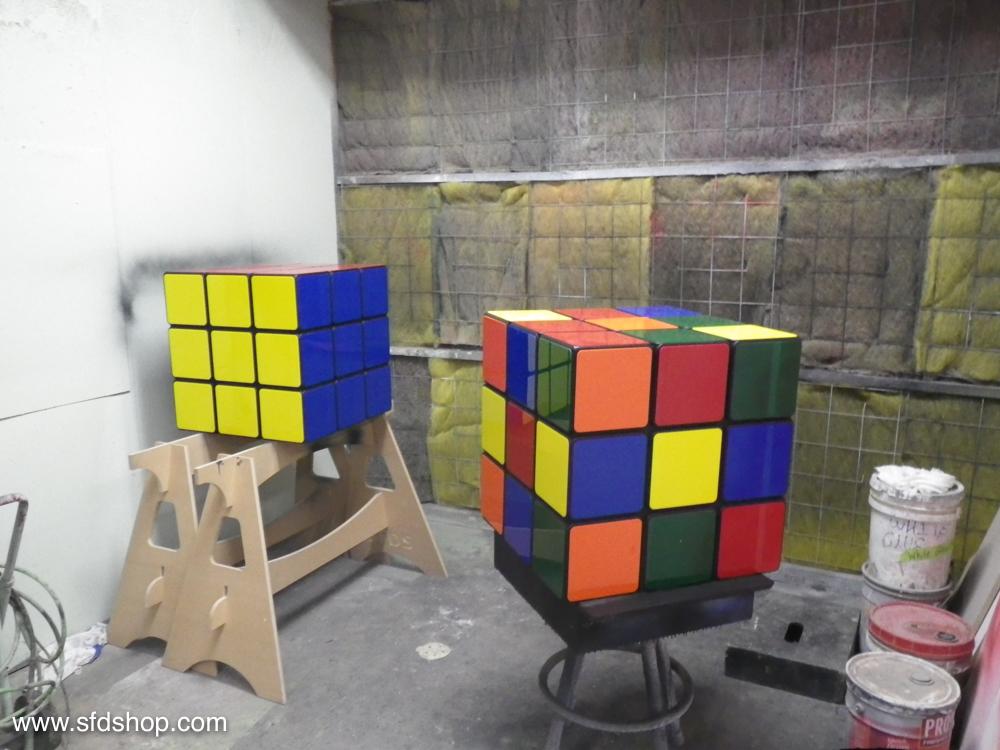 Jellio Rubik's Cube table fabricated by SFDS 13.jpg