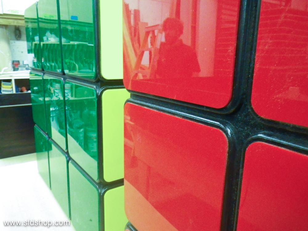 Jellio Rubik's Cube table fabricated by SFDS 16.jpg