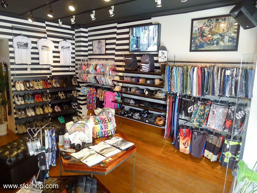 Volcom flagship NYC store fabricated by SFDS 1.jpg