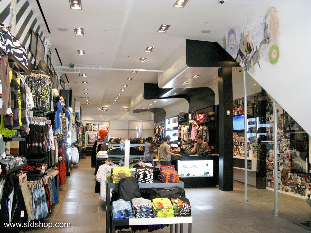 Volcom flagship NYC store fabricated by SFDS 17.jpg