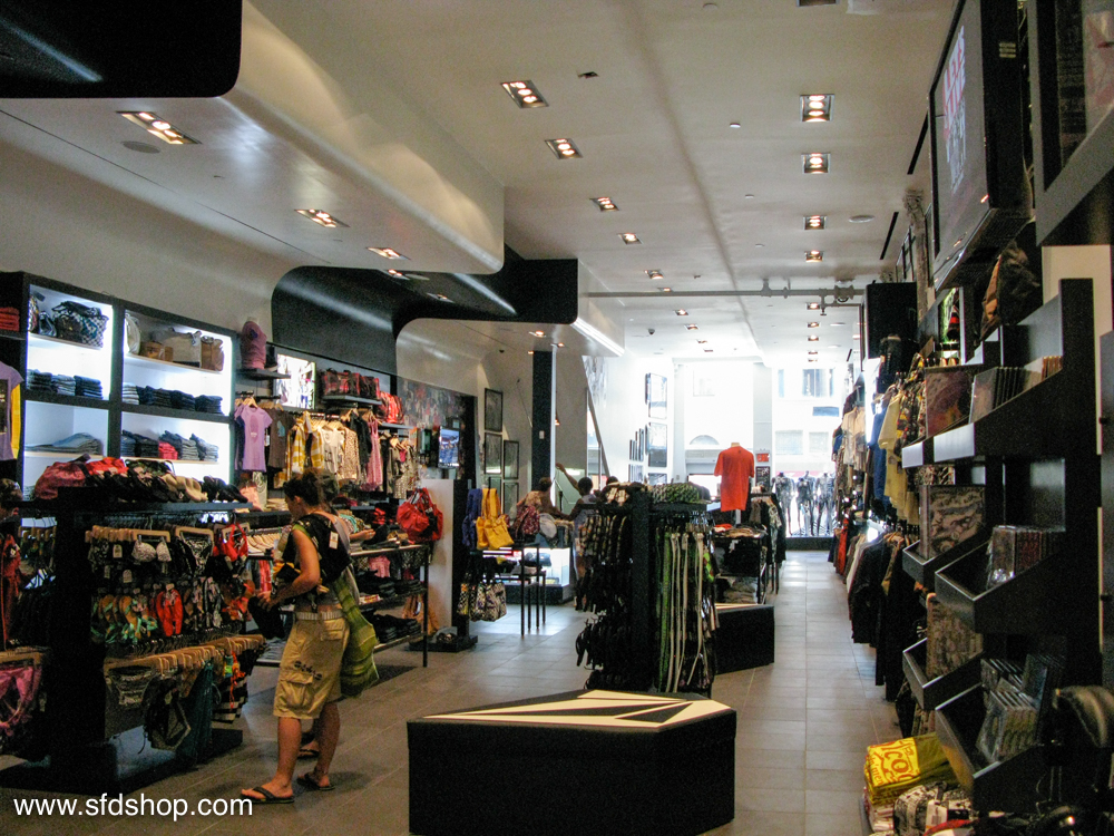 Volcom flagship NYC store fabricated by SFDS 20.jpg