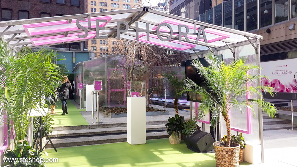 Sephora Pantone Greenhouse fabricated by SFDS 1.jpg