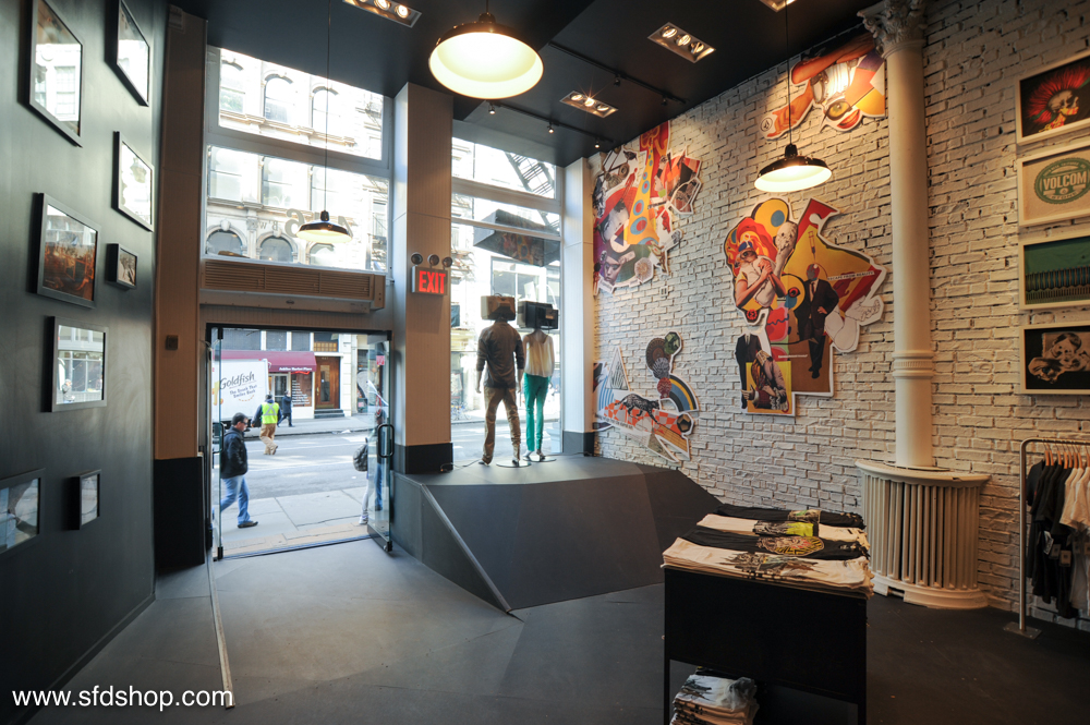 Volcom flagship store NYC fabricated by NYC 30.jpg