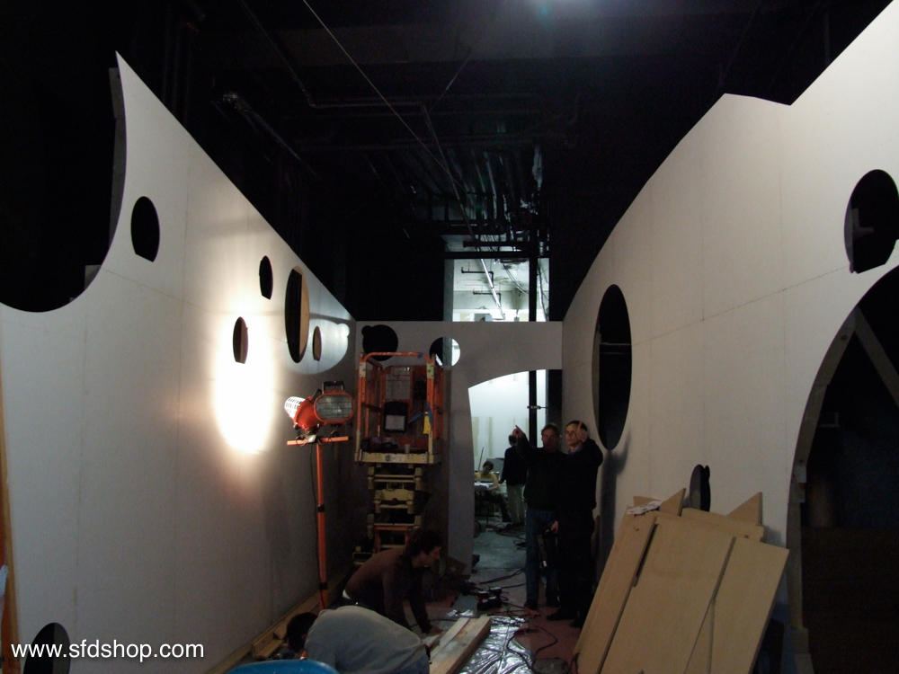 Moet Pop-Up boutique fabricated by SFDS -6.jpg