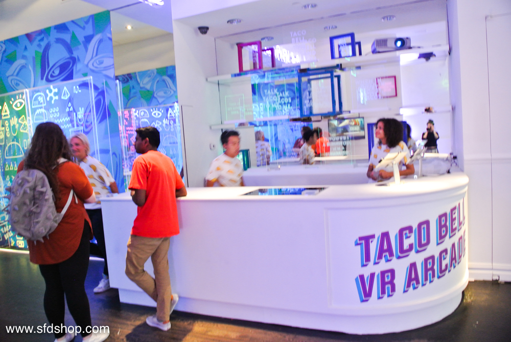 Taco Bell Playstation VR Arcade fabricated by SFDS -17.jpg