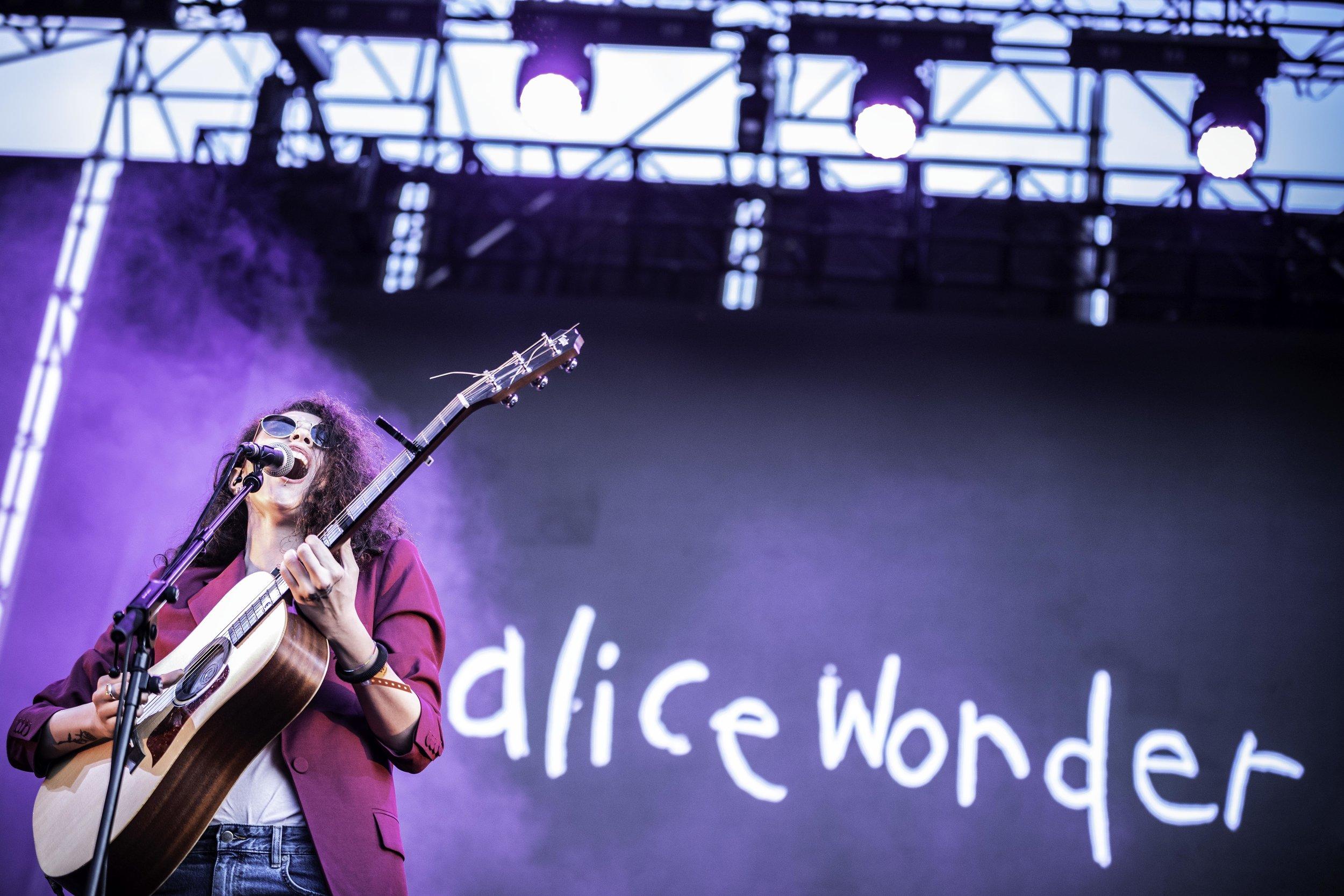 AliceWonder.jpg