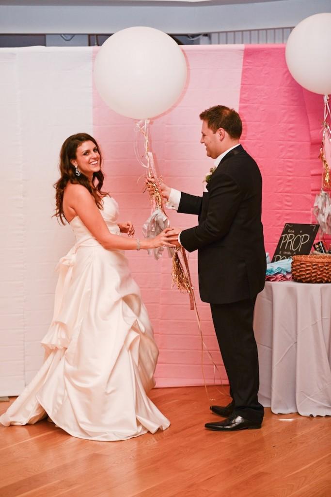 diy-wedding-photo-booth-683x1024.jpg