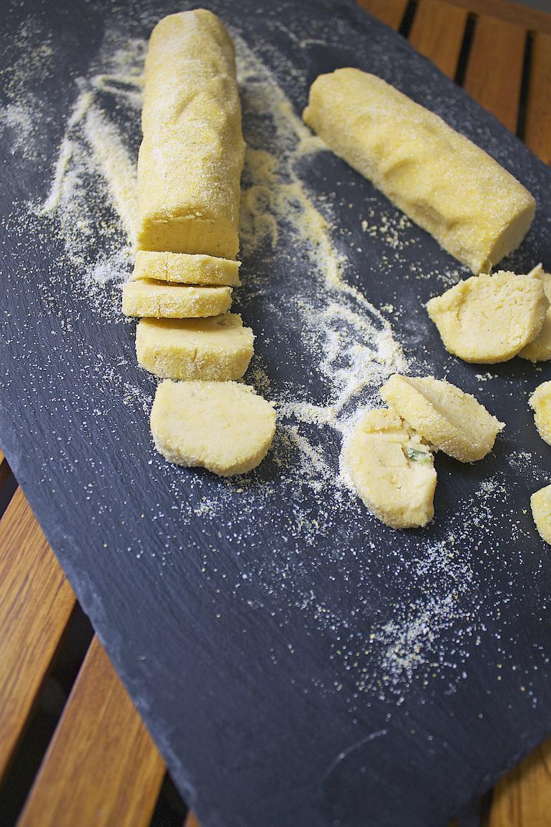 cornmeal-cookie-recipe.jpg