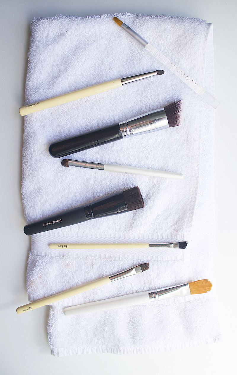 how-to-clean-makeup-brushes1.jpg