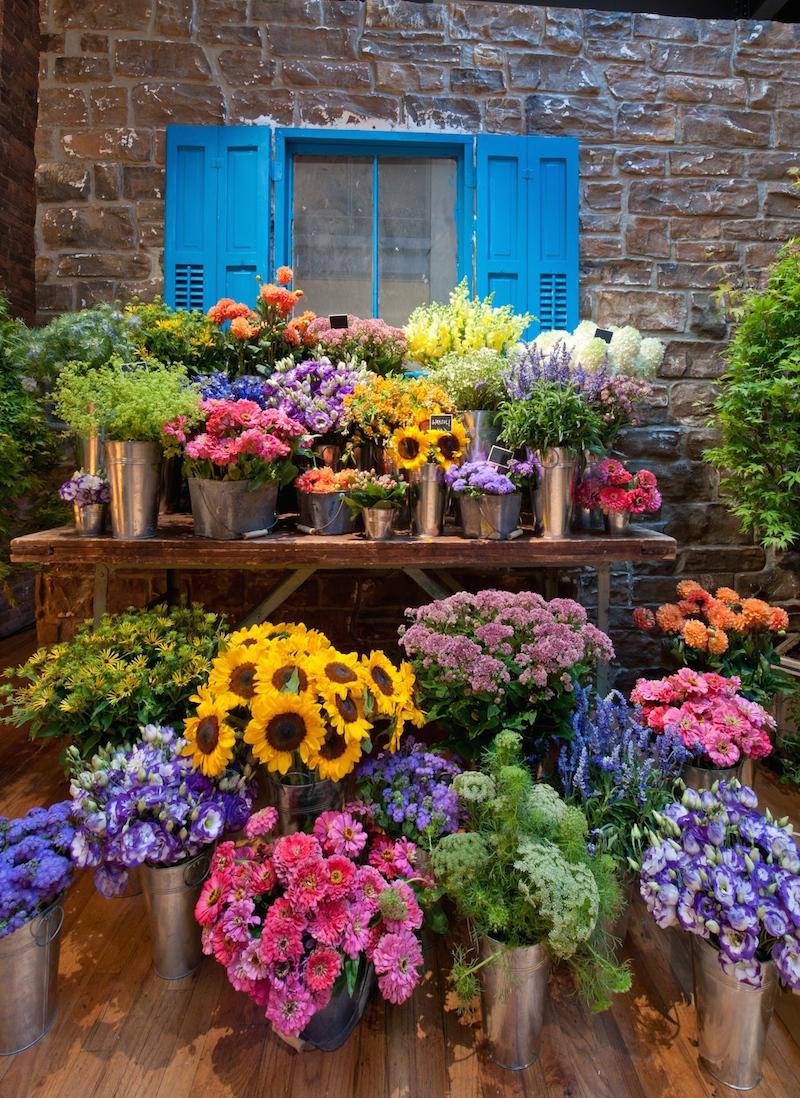 San-Pellegrino-flower-market.jpg