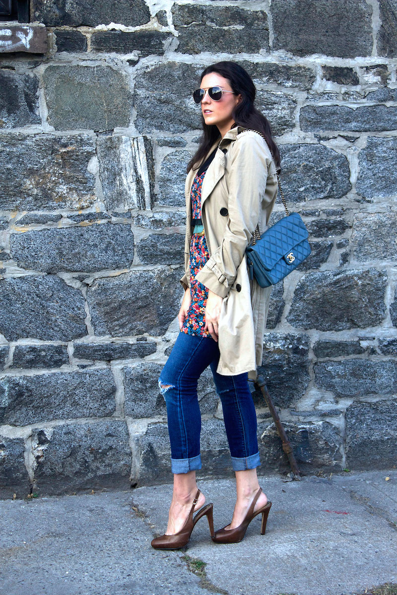trench-coat-dress-and-jeans.jpg