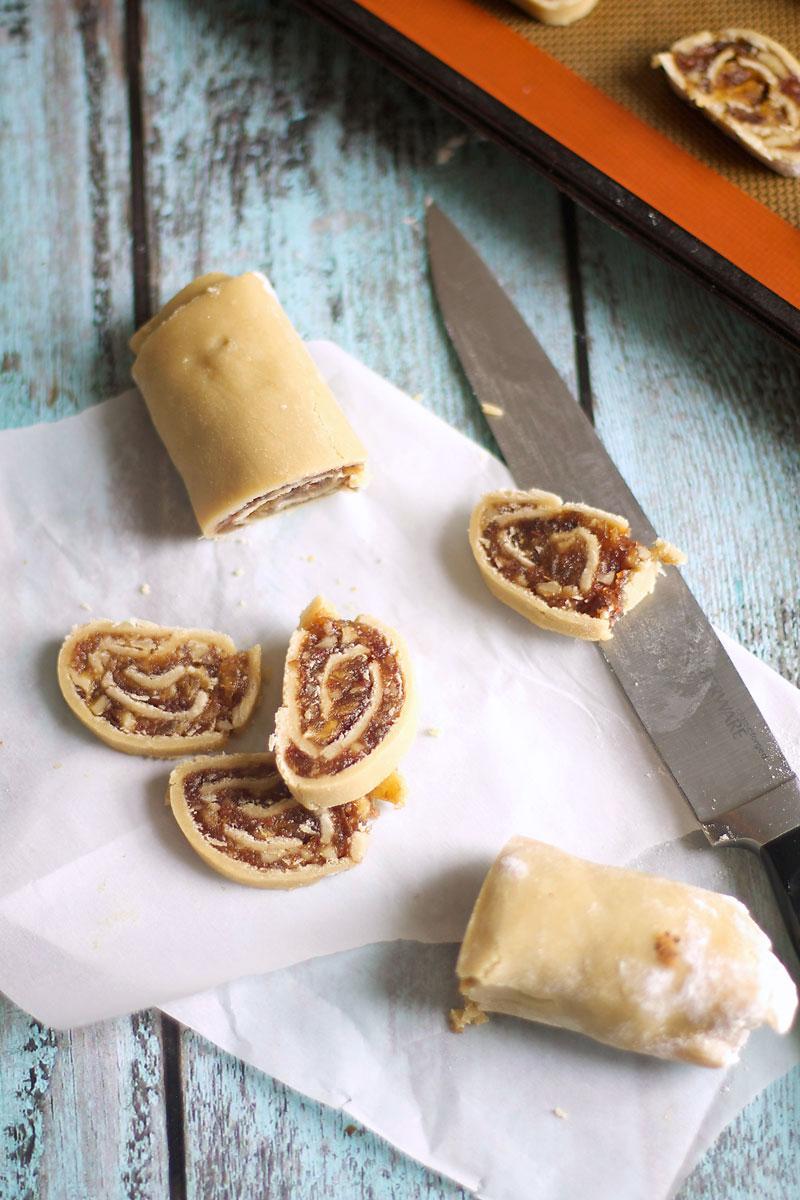 date-pinwheel-cookies-recipe.jpg