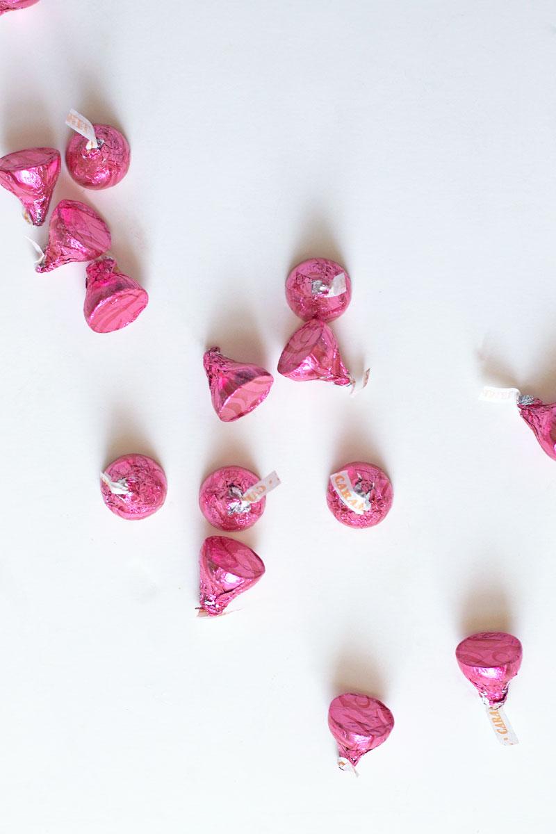 Valentines-Day-Hershey-Kisses.jpg