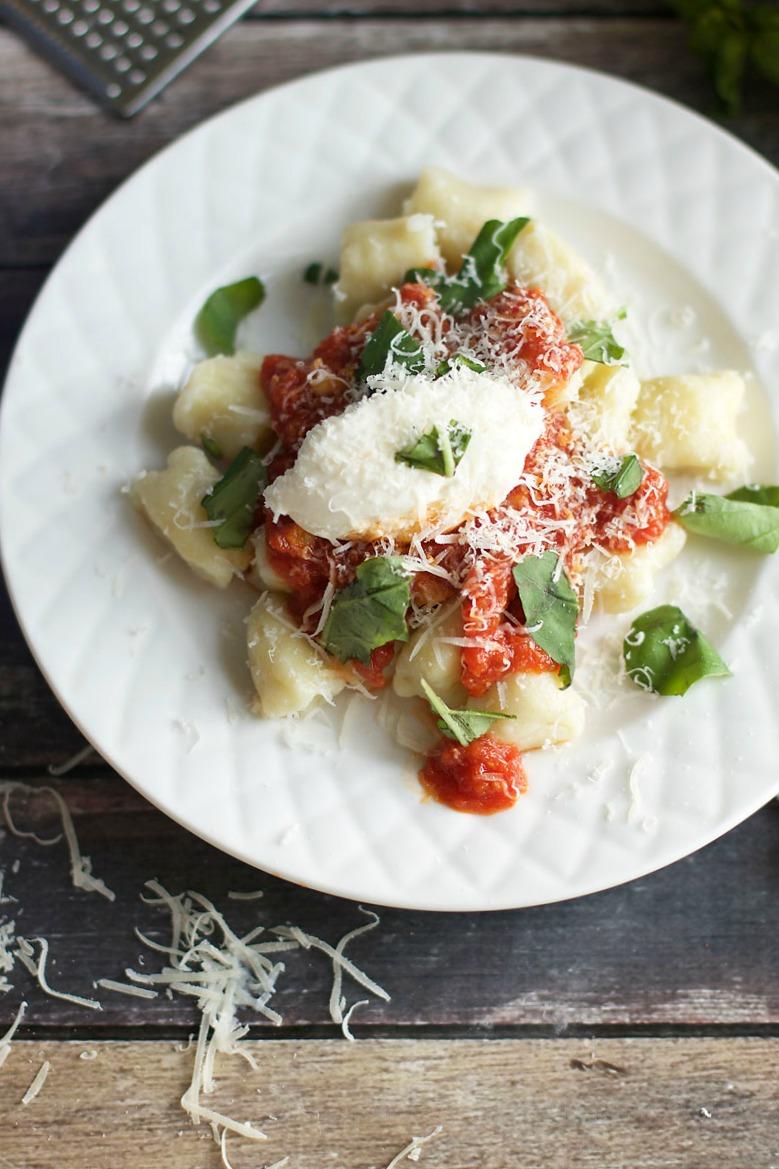 easy-romantic-dinner-gnocchi.jpg
