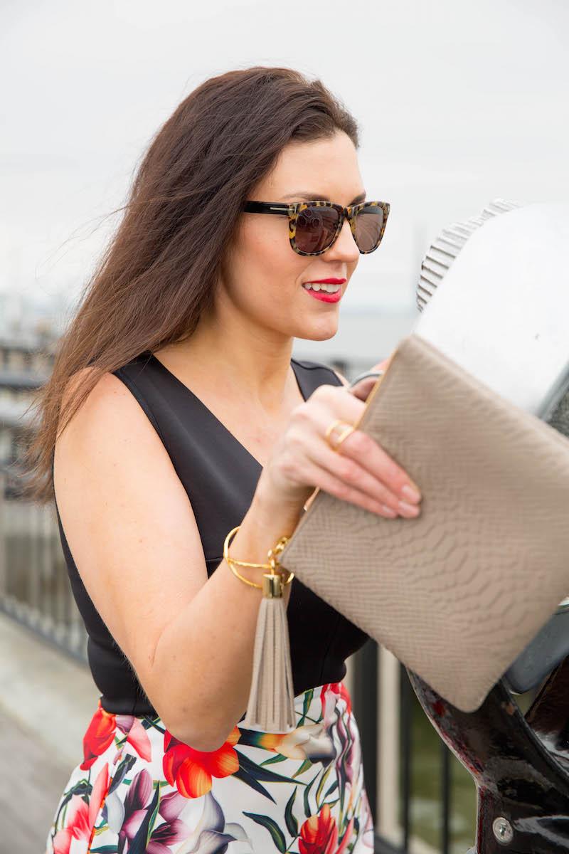 Gigi-NY-clutch-and-Tom-Ford-sunglasses.jpg