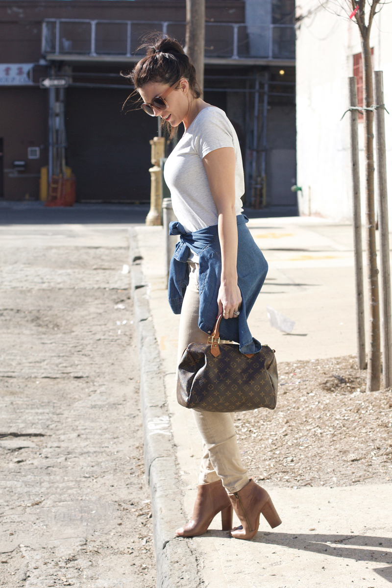 neutral-outfit-paired-with-denim-shirt.jpg