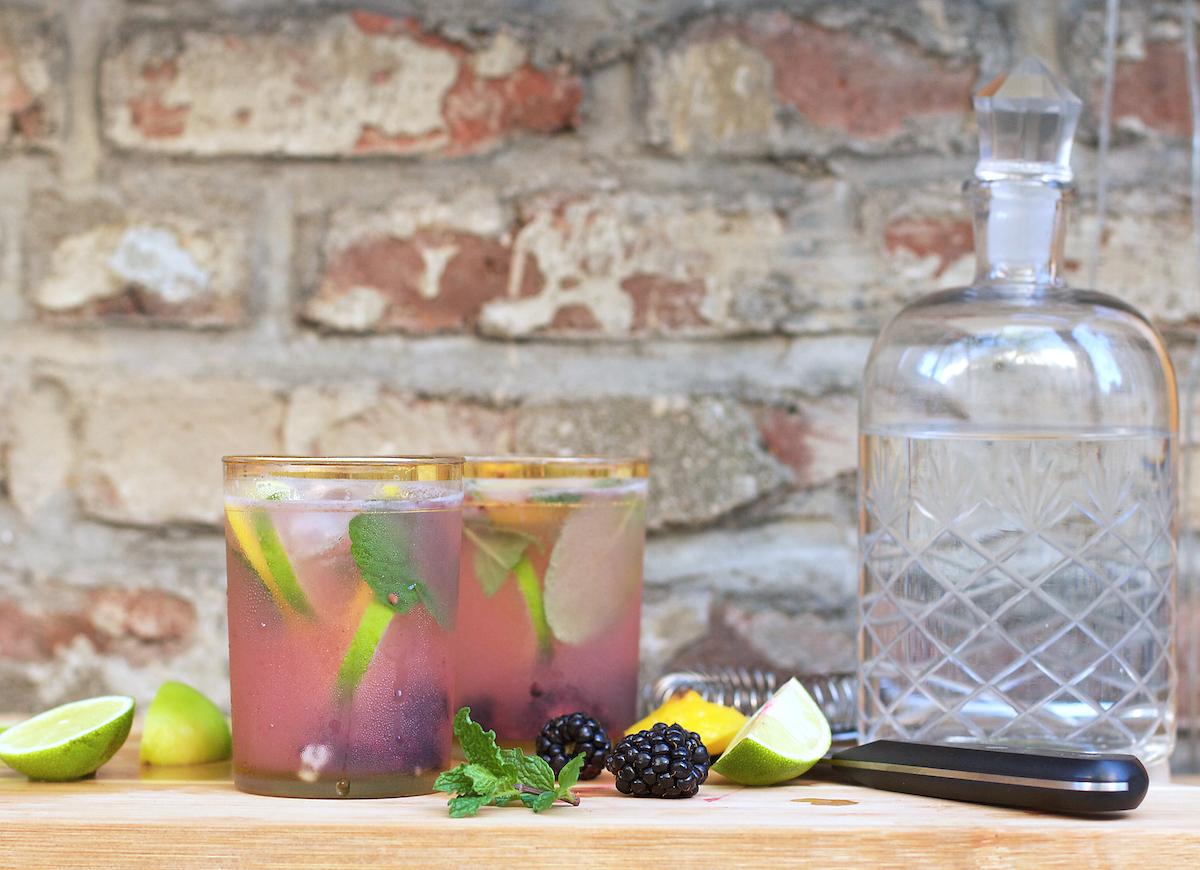 blackberry-gin-cocktails.jpg