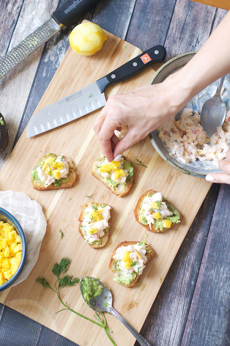 mini-mango-lobster-avocado-toast-bites.jpg