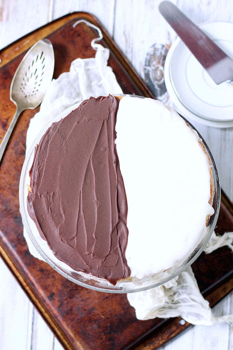 black-and-white-cookie-ice-cream-cake-2.jpg