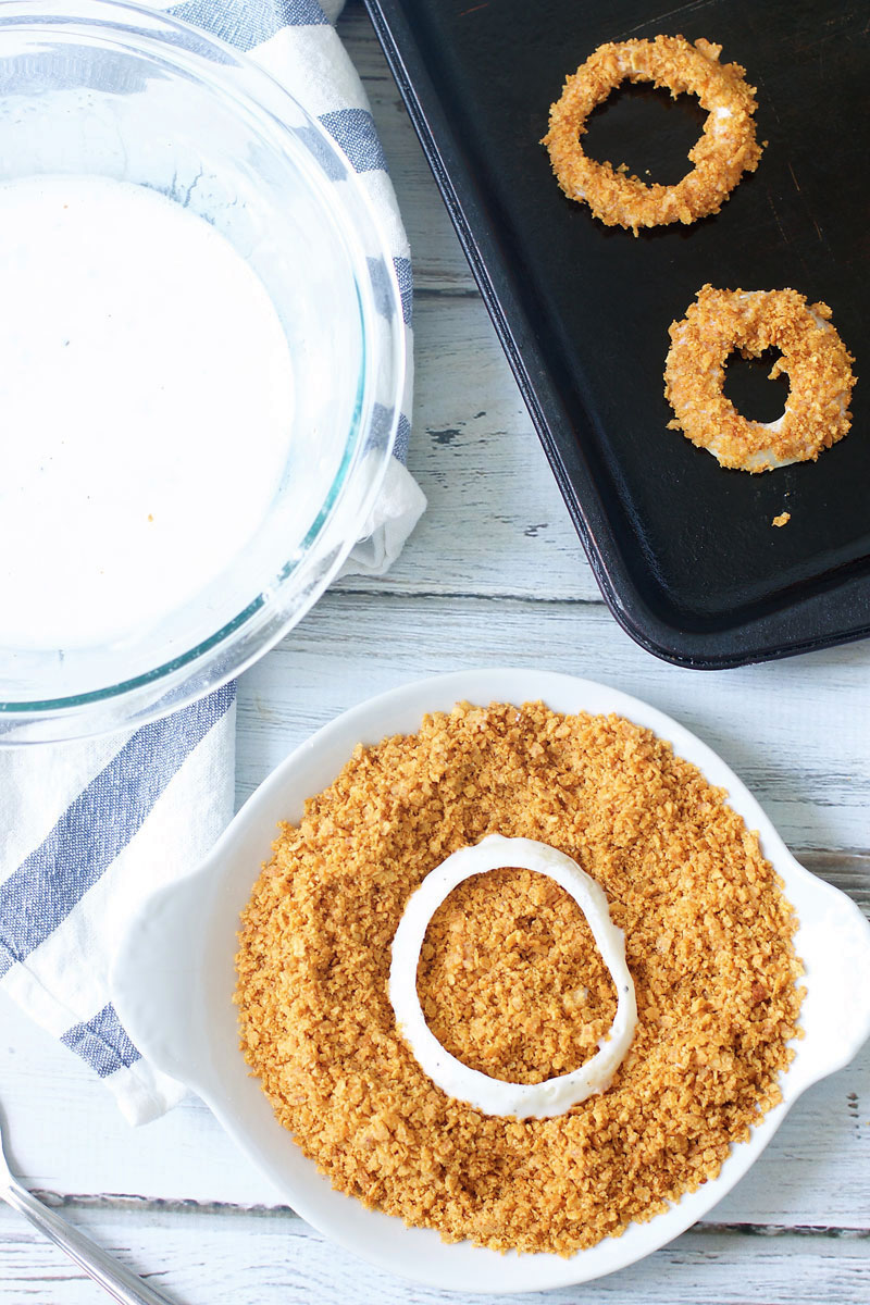 how-to-make-baked-onion-rings.jpg