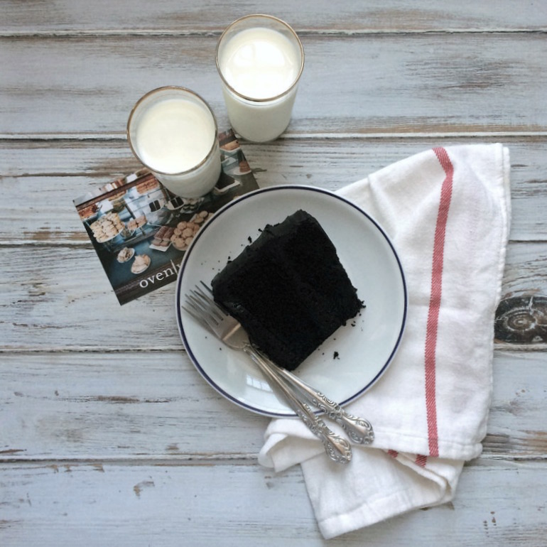 Brooklyn-Blackout-Cake.jpg