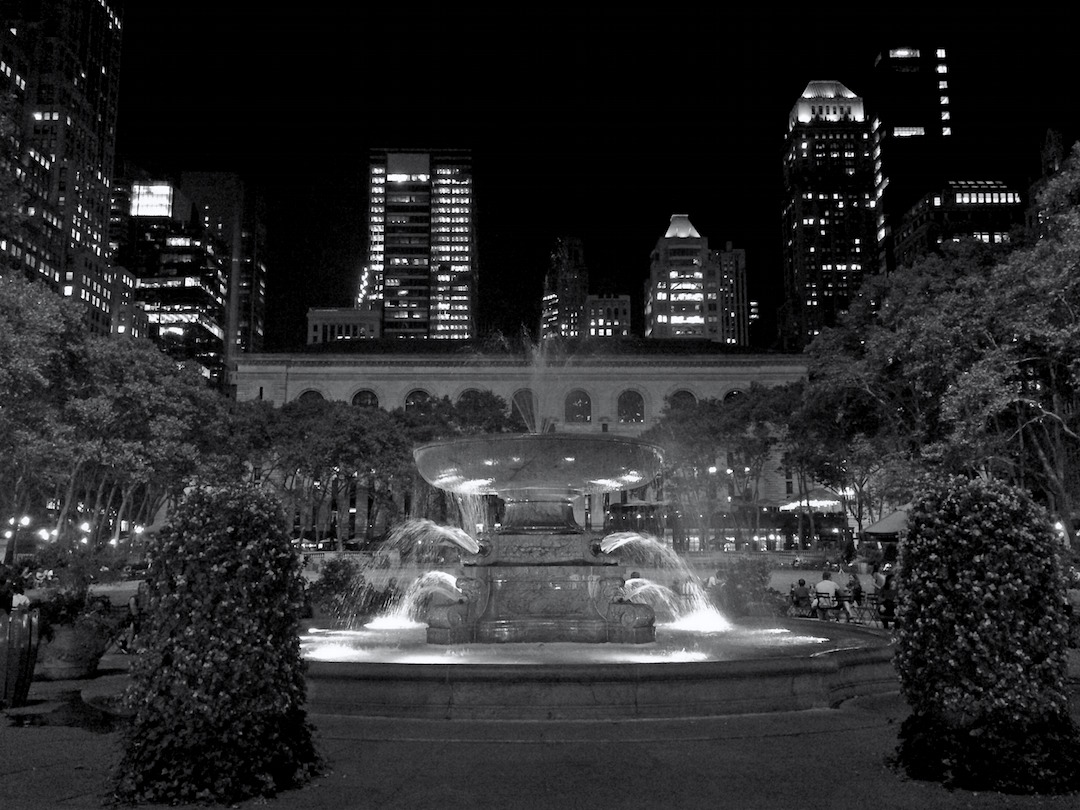 Bryant-Park-at-night.jpg