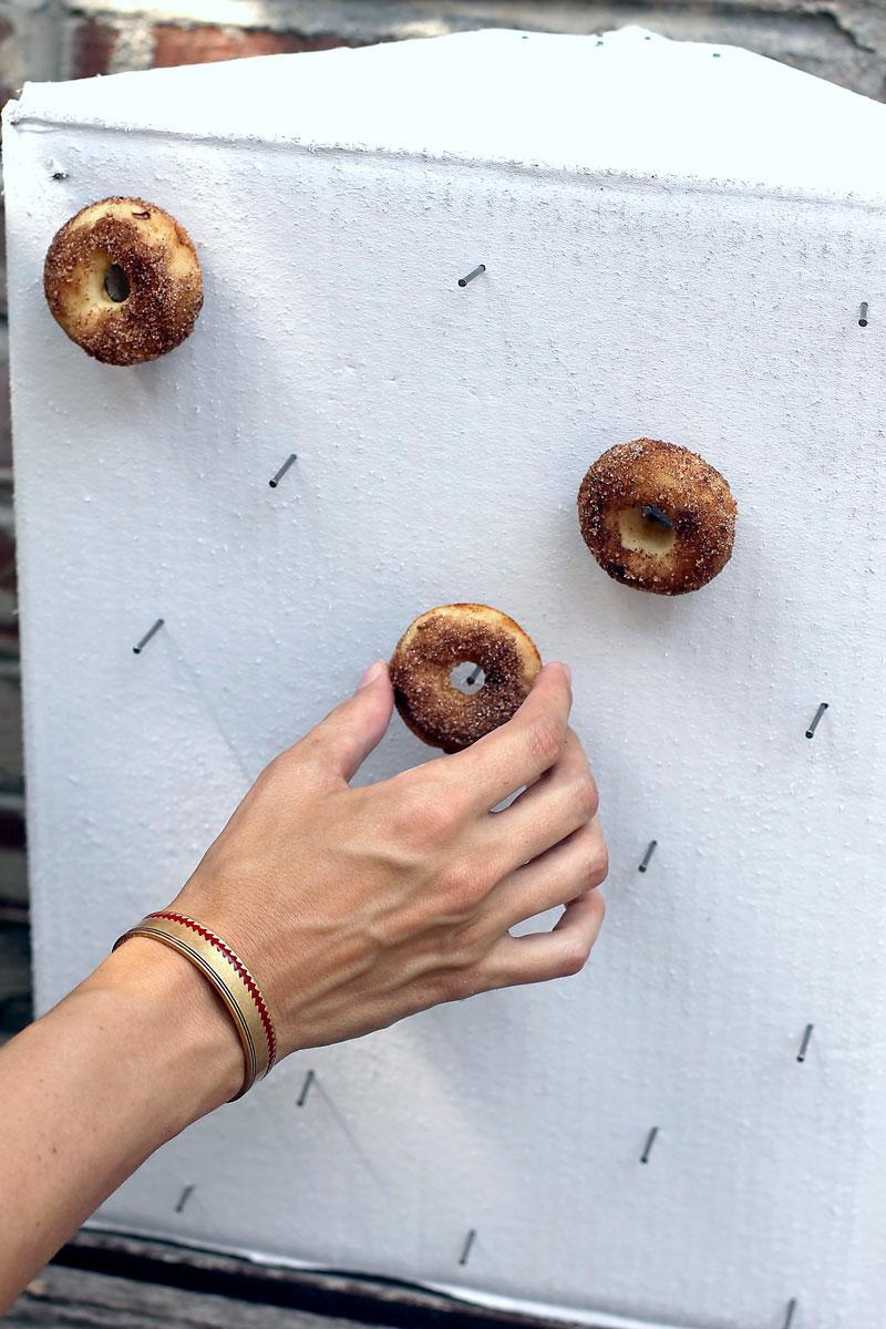 howt-to-make-a-diy-donut-wall.jpg