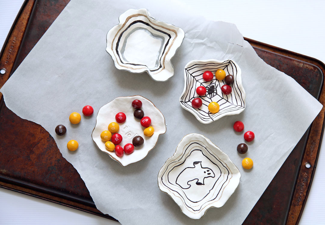 DIY-candy-dishes-for-halloween-1.jpg