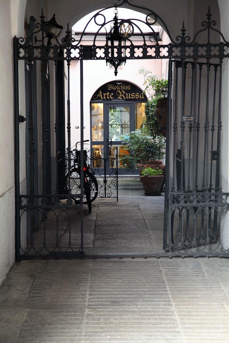 Milan-Doorways.jpg