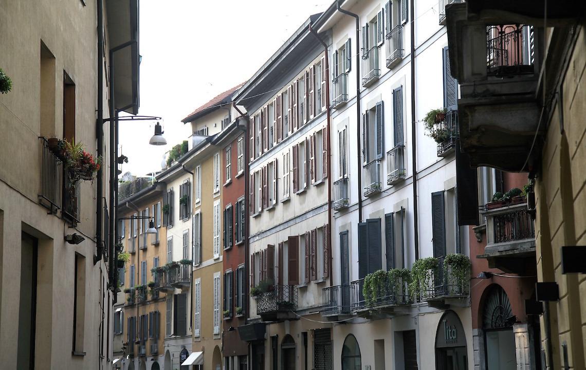 buildings-of-milan.jpg