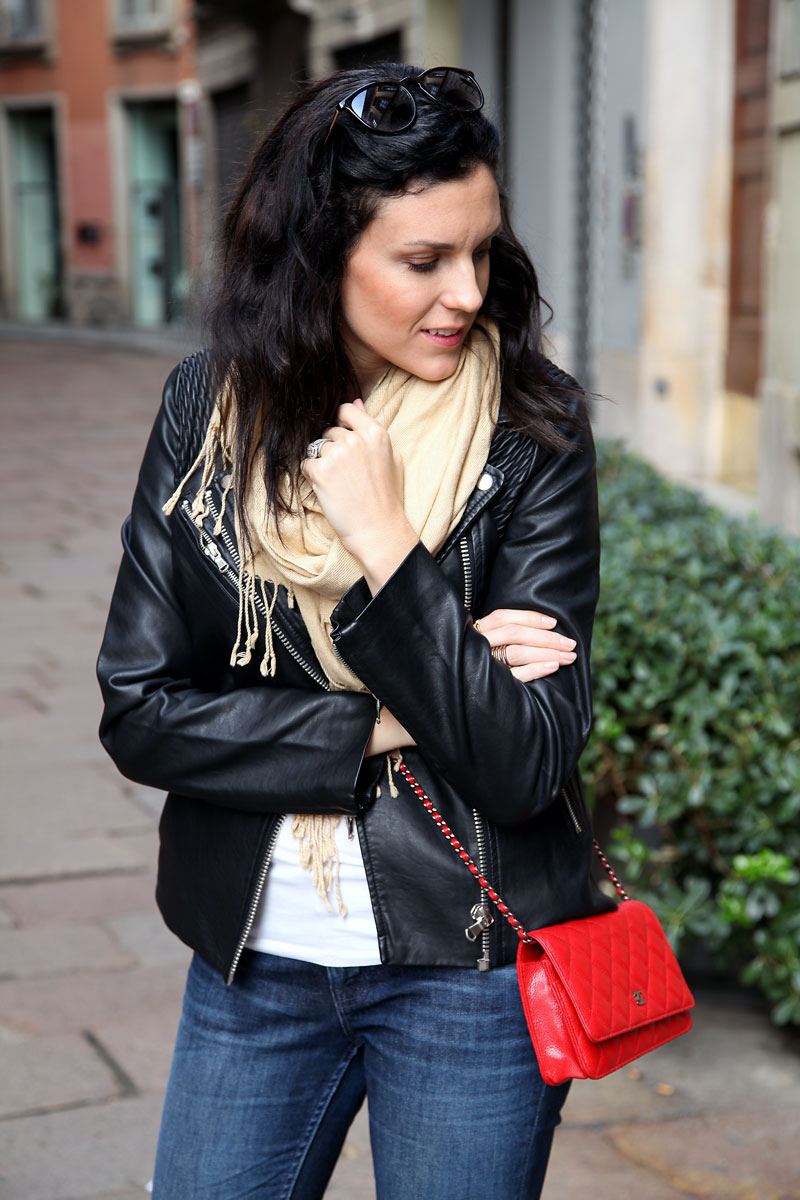 how-to-style-a-black-leather-jacket.jpg