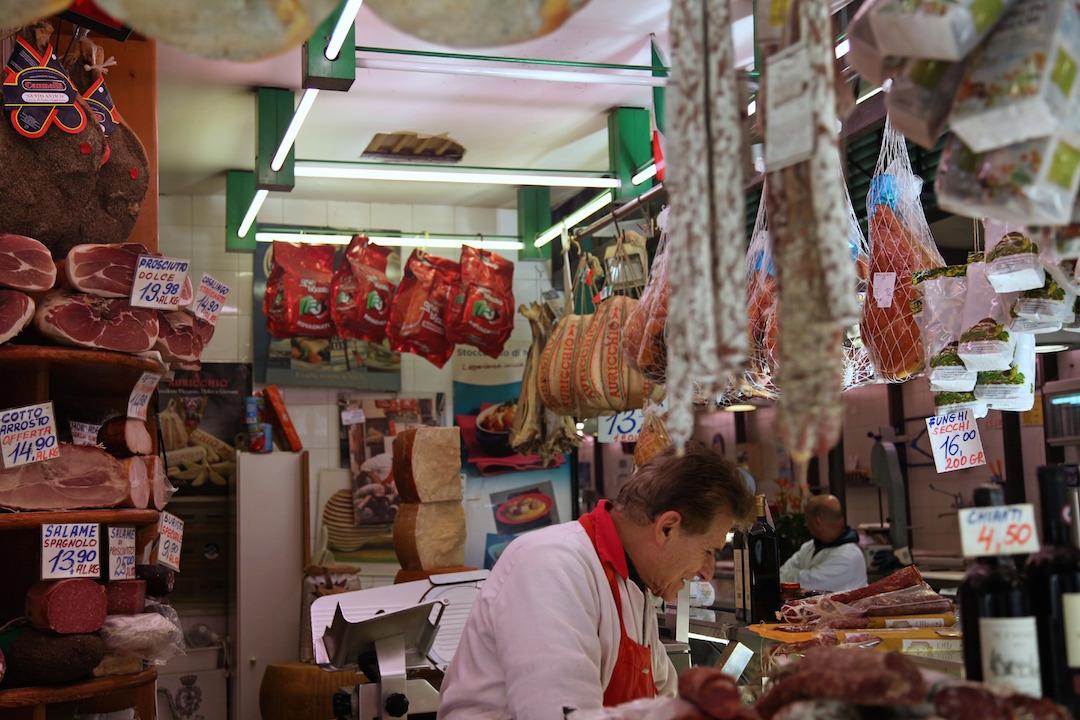 Sant-Ambrogio-Market.jpg