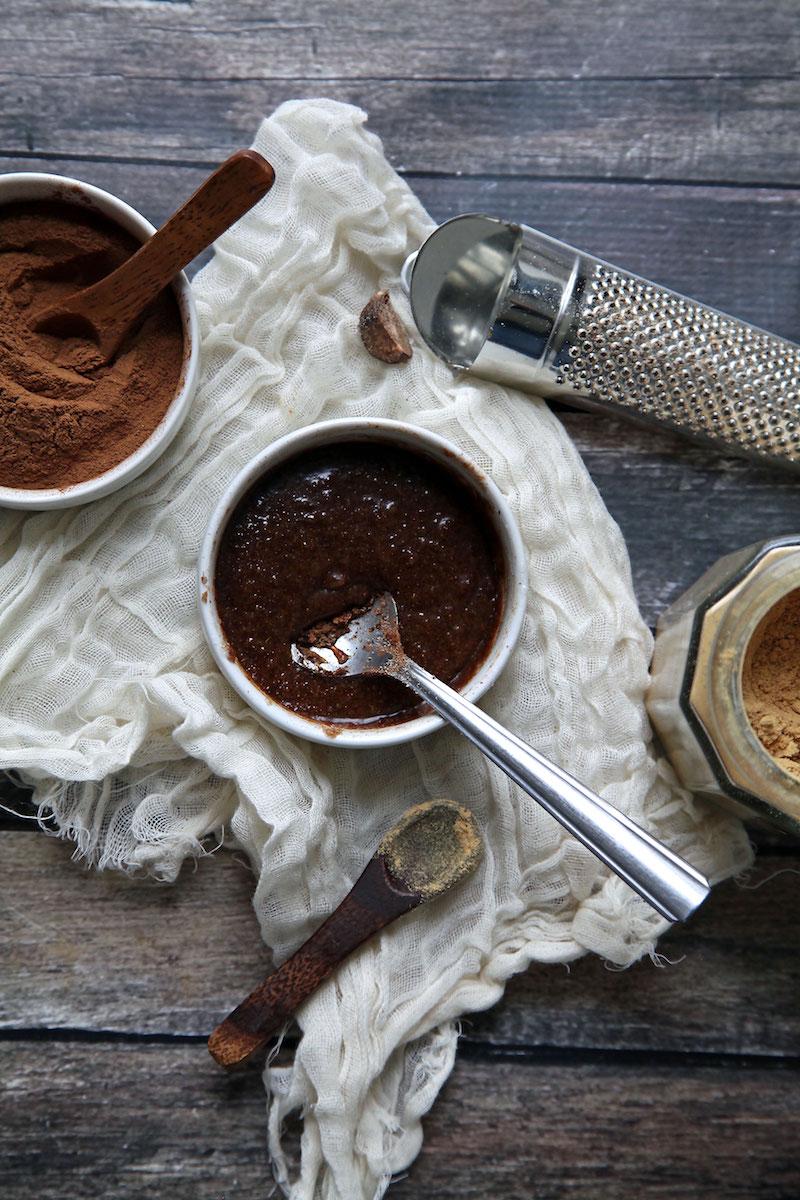 Gingerbread-lip-scrub-how-to.jpg