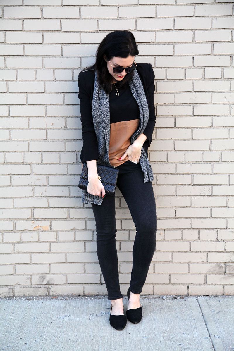 black-blazer-and-black-jeans.jpg