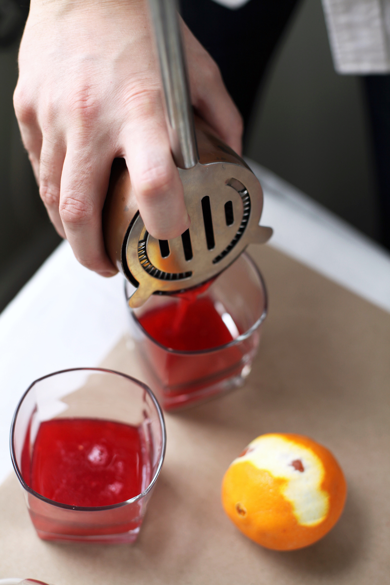 Smoked-Raspberry-Fizz-Vodka-Cocktail-Recipe8.jpg