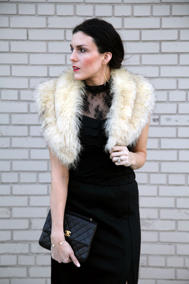black-outfit-with-vintage-fur-stole.jpg
