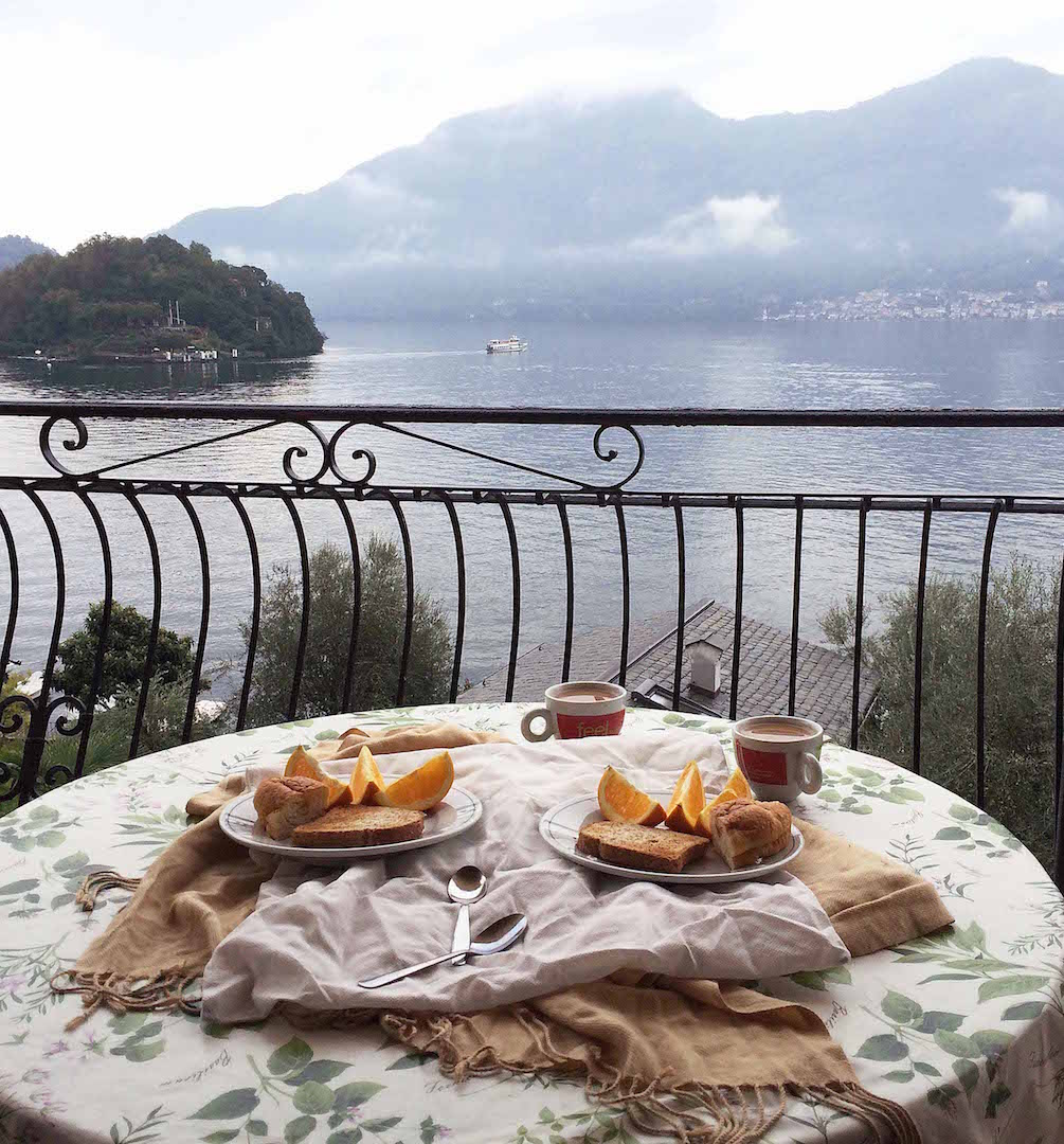 breakfast-in-Lake-Como.jpg