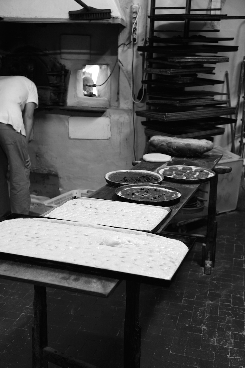 pizzas-in-Italy.jpg