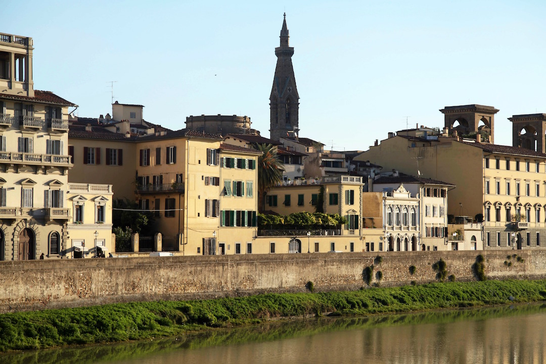 yellow-homes-in-Florence.jpg