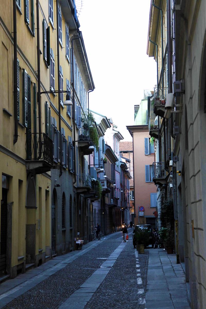 Milan-streets.jpg