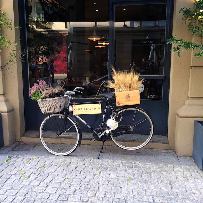 bike-in-Milan.jpg