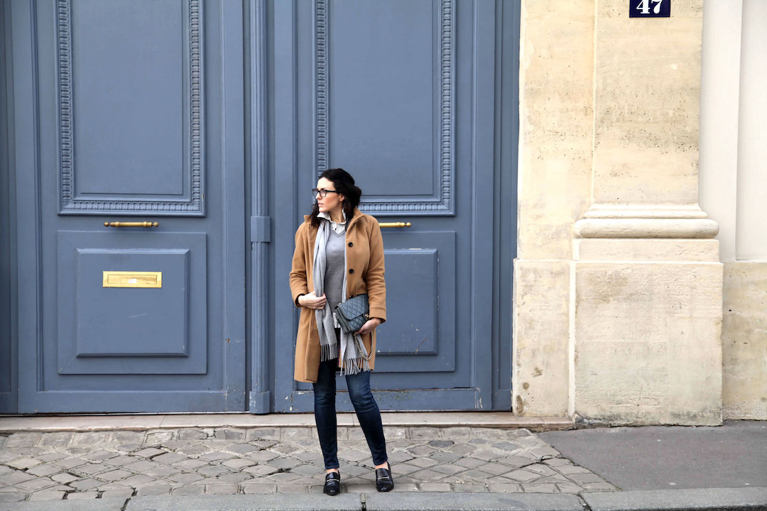 blue-door-in-Paris.jpg