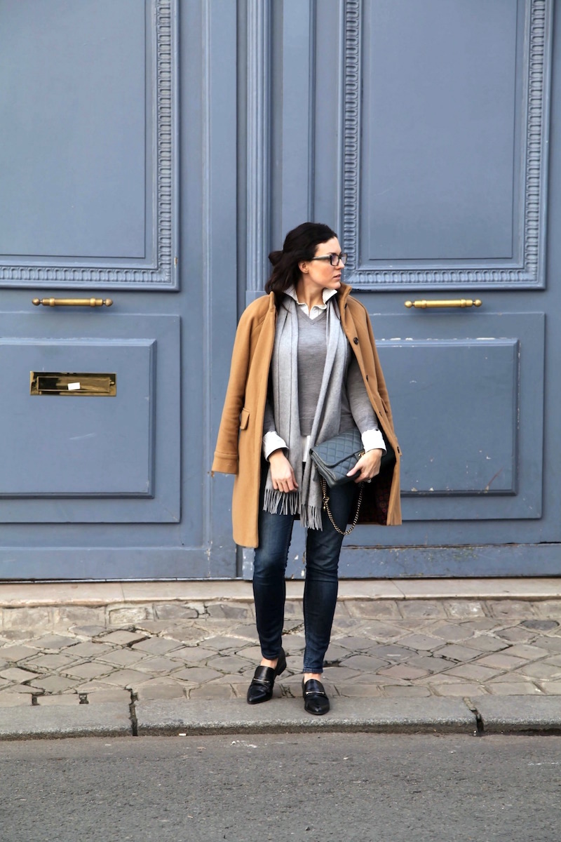 gray-and-blue-layers-in-Paris.jpg