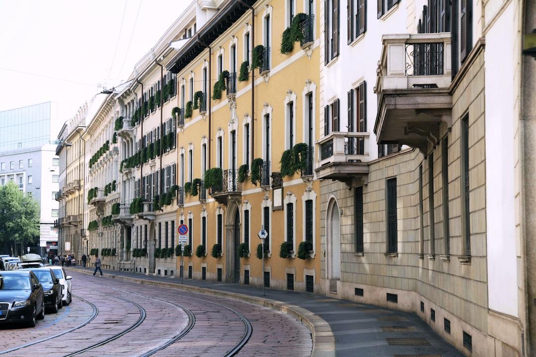 streets-of-Milan.jpg