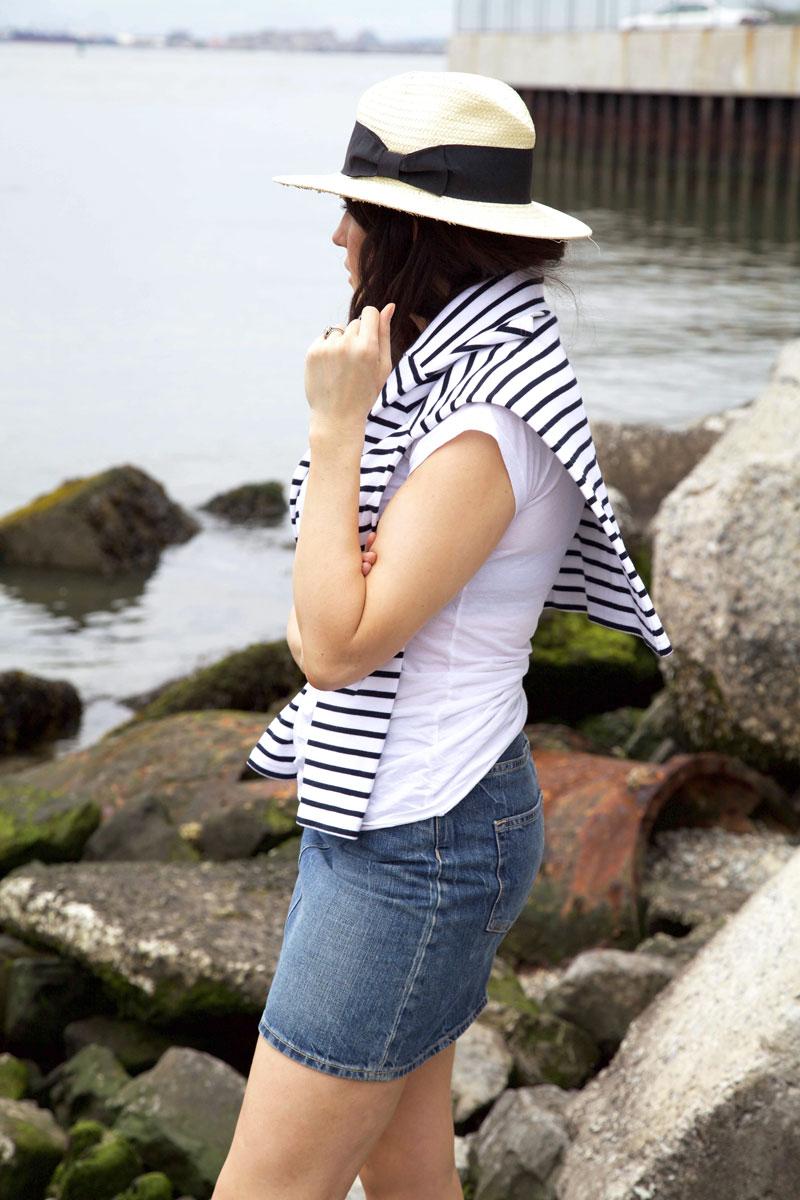 denim-skirt-and-white-tee-3.jpg