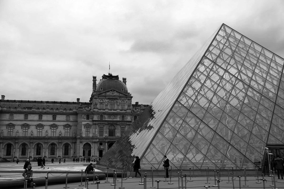 Louvre-Paris.jpg